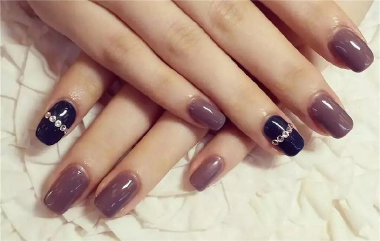 The stylish nails are carefully matched with the machine, and the beautiful and beautiful nails are here!