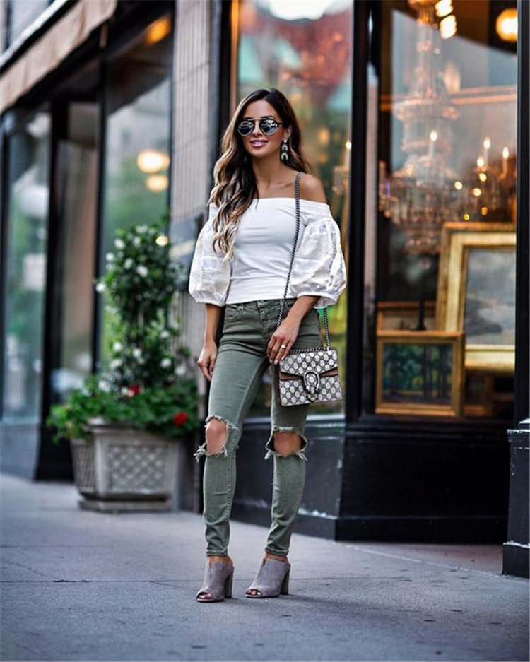 One of the most fashionable and fashionable women's shirts in spring and summer of 2019-2020 is a beautiful blouse with sleeves./></p> <p><a href=
