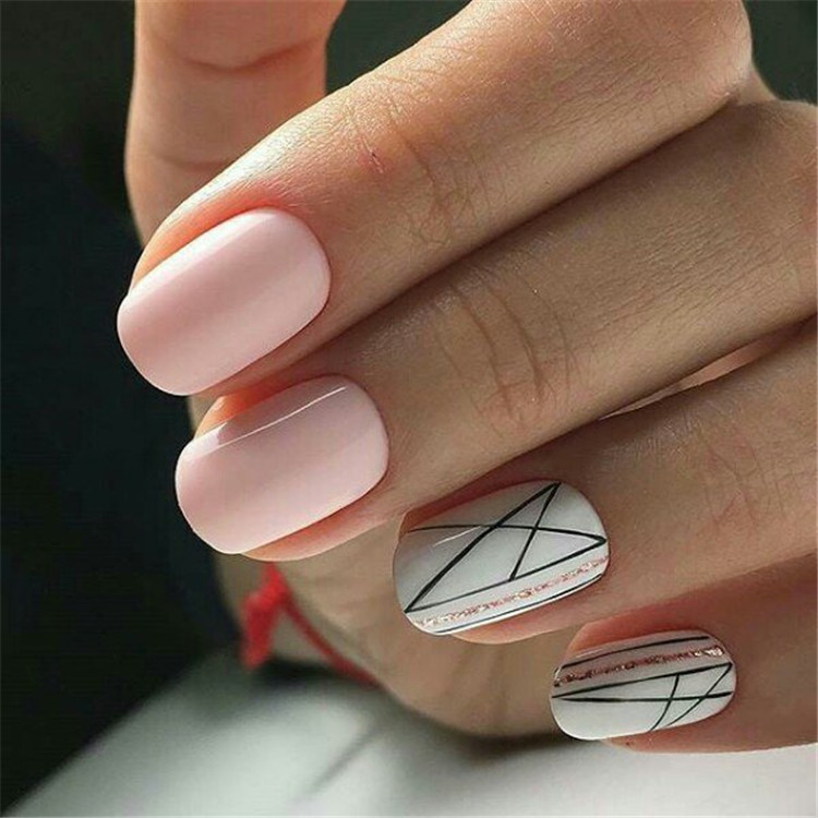 Constrained and concise minimalist manicure design/></p> <p><a href=