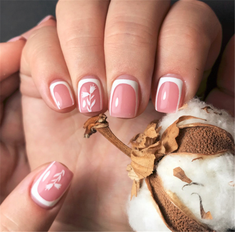 Bright and original design of French manicure/></p> <p><a href=