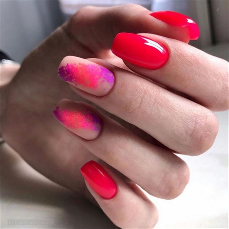 Choose stylish nail art/></p> <p><a href=
