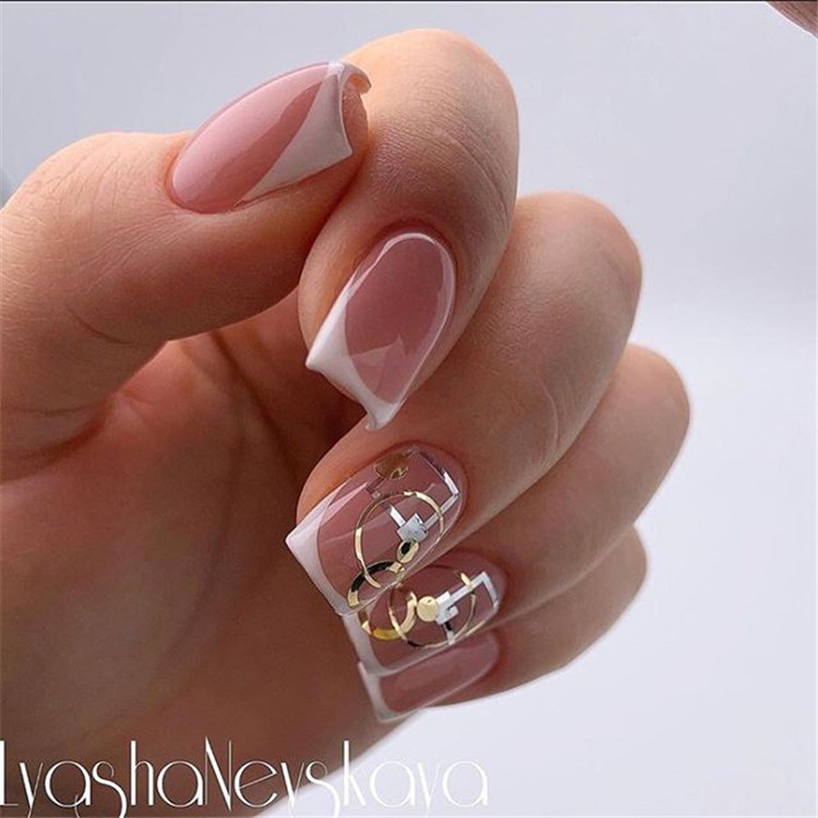 Invigorating designs for nails/></p> <p><a href=