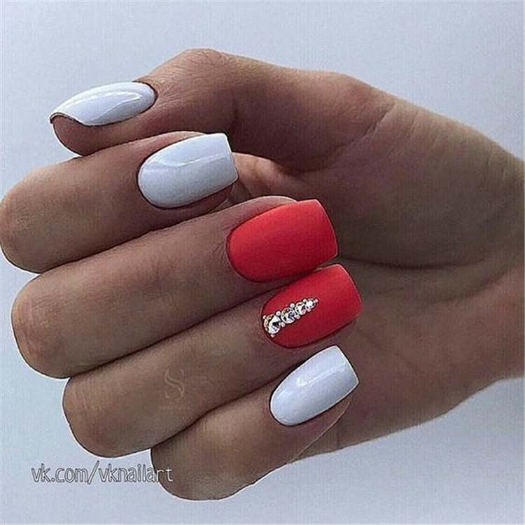 No inspiration for nail design? These cases let you change style/></p> <p><a href=